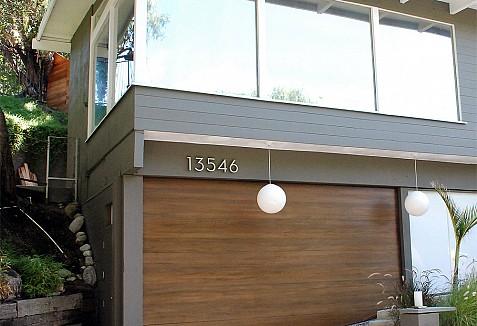 Modern Style Ideas For Customized Uneven Bottom Garage Door Openings