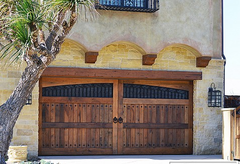 Custom Reclaimed Barn Wood Garage Doors And Gates In A