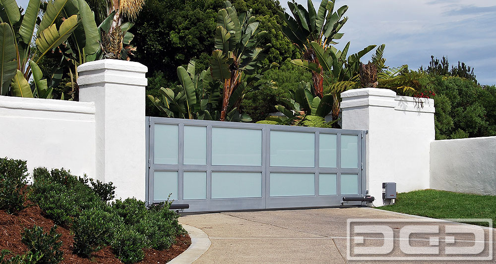 Customized Electric Driveway Gates In A Metal And Glass