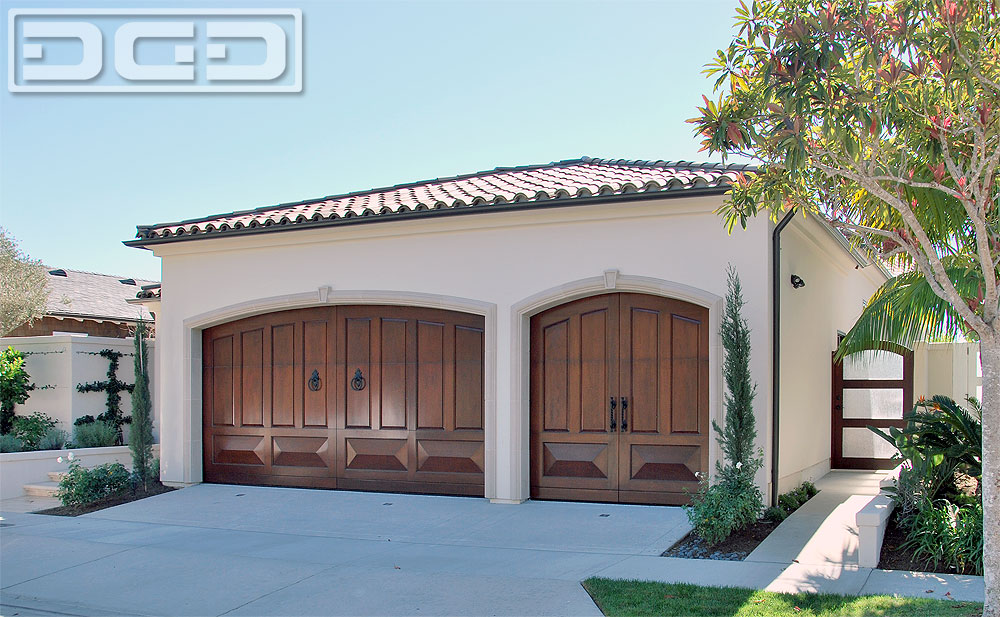 Orange county customized mediterranean style courtyard for Mediterranean style entry doors