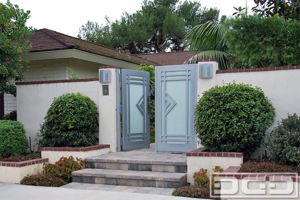 Los Angeles Custom Made Modern Gates