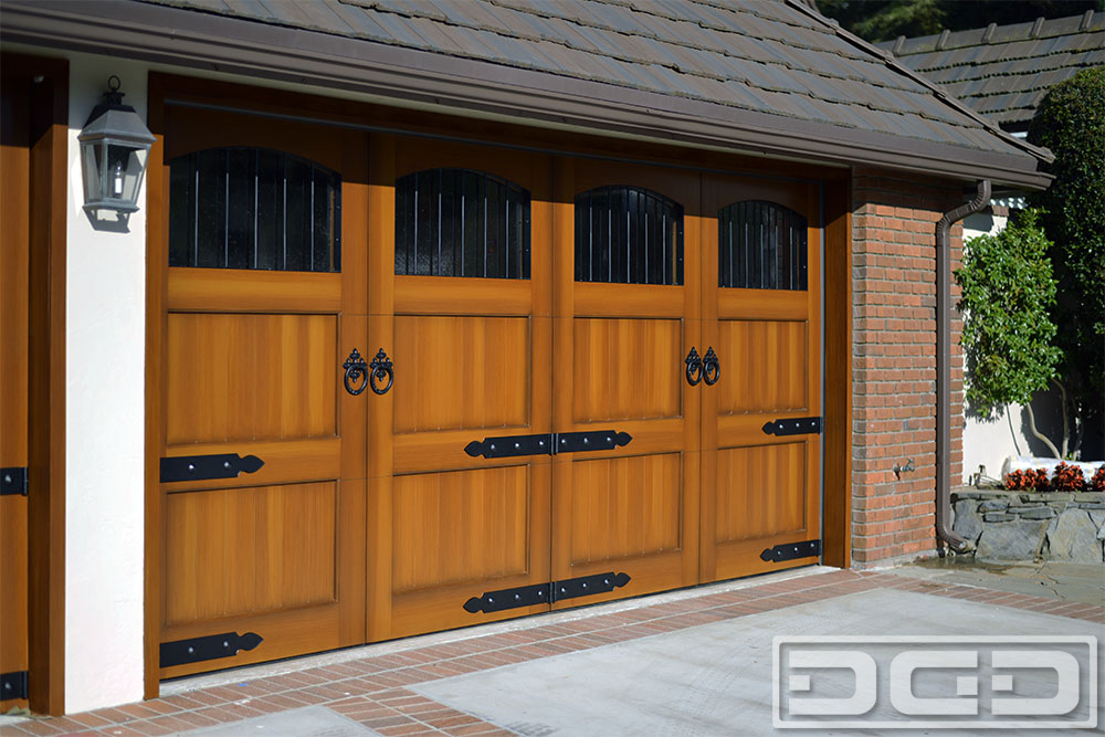 Blueprints for apartments for European garage doors