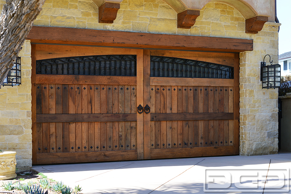 Dynamic garage door projects for European garage doors